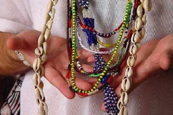 ceremonia de entrega de collares santería
