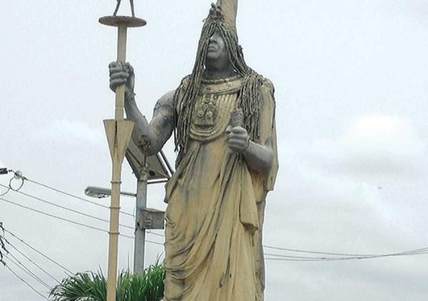 ZARABANDA EN PALO MAYOMBE